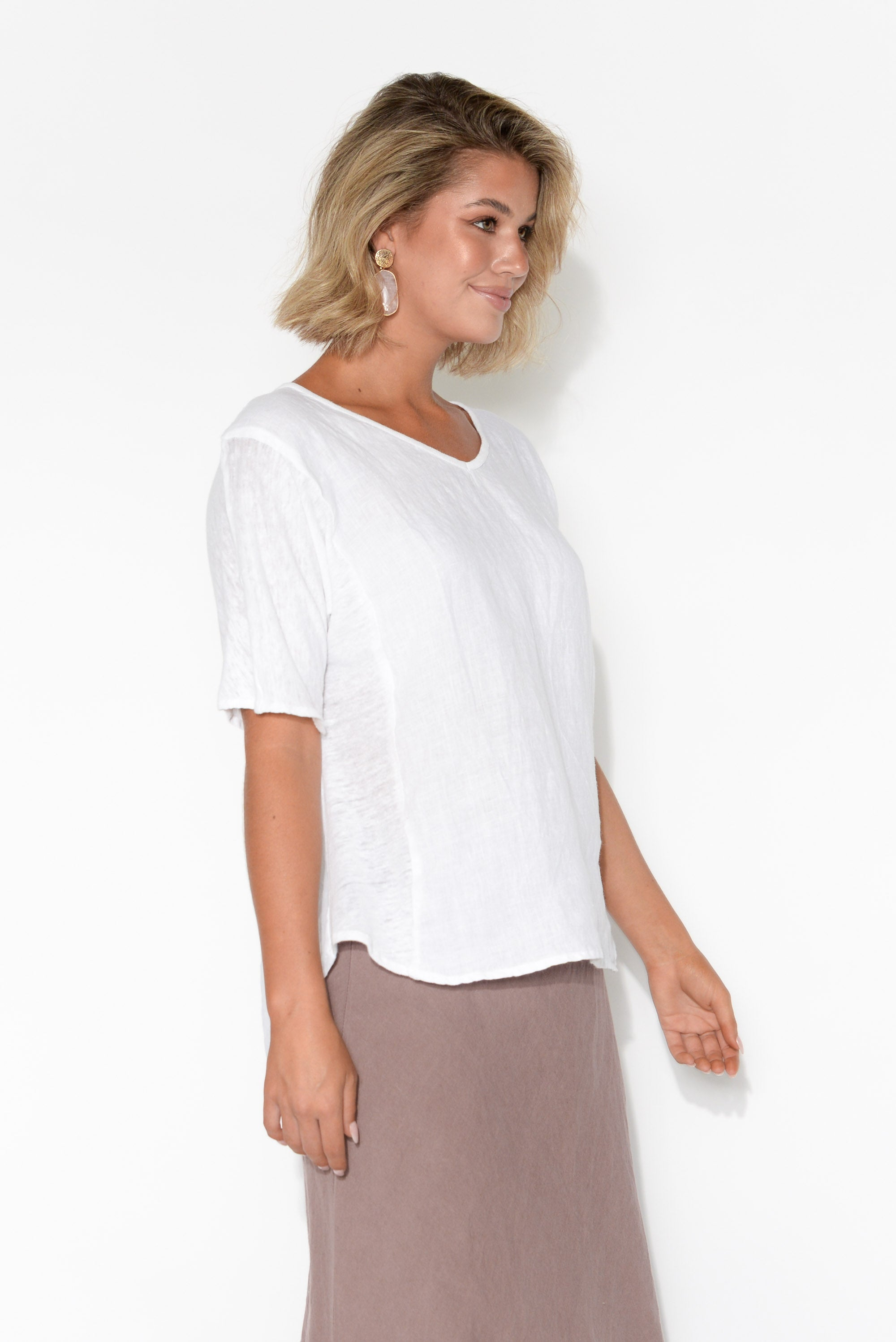 Gia White Linen Hi Lo Top