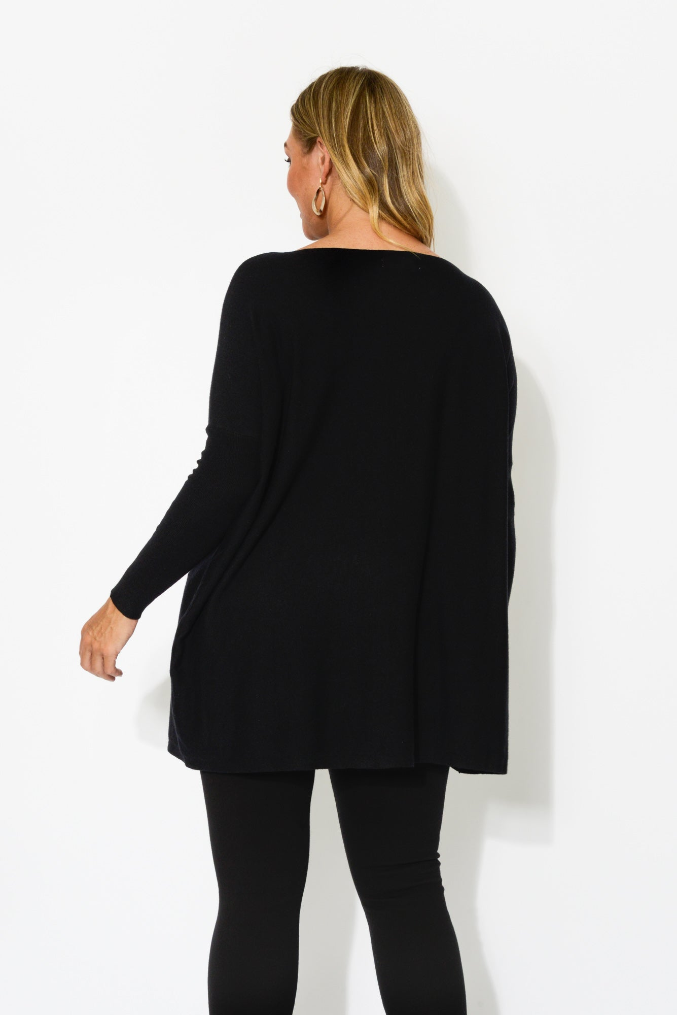 Isy Black Cotton Oversized Knit - Blue Bungalow