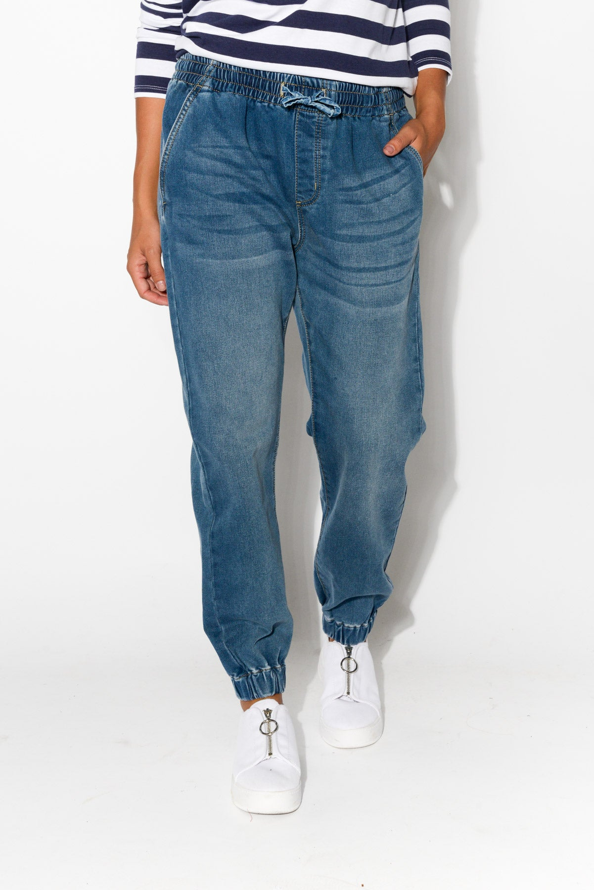 Josy Blue Relaxed Jean - Blue Bungalow