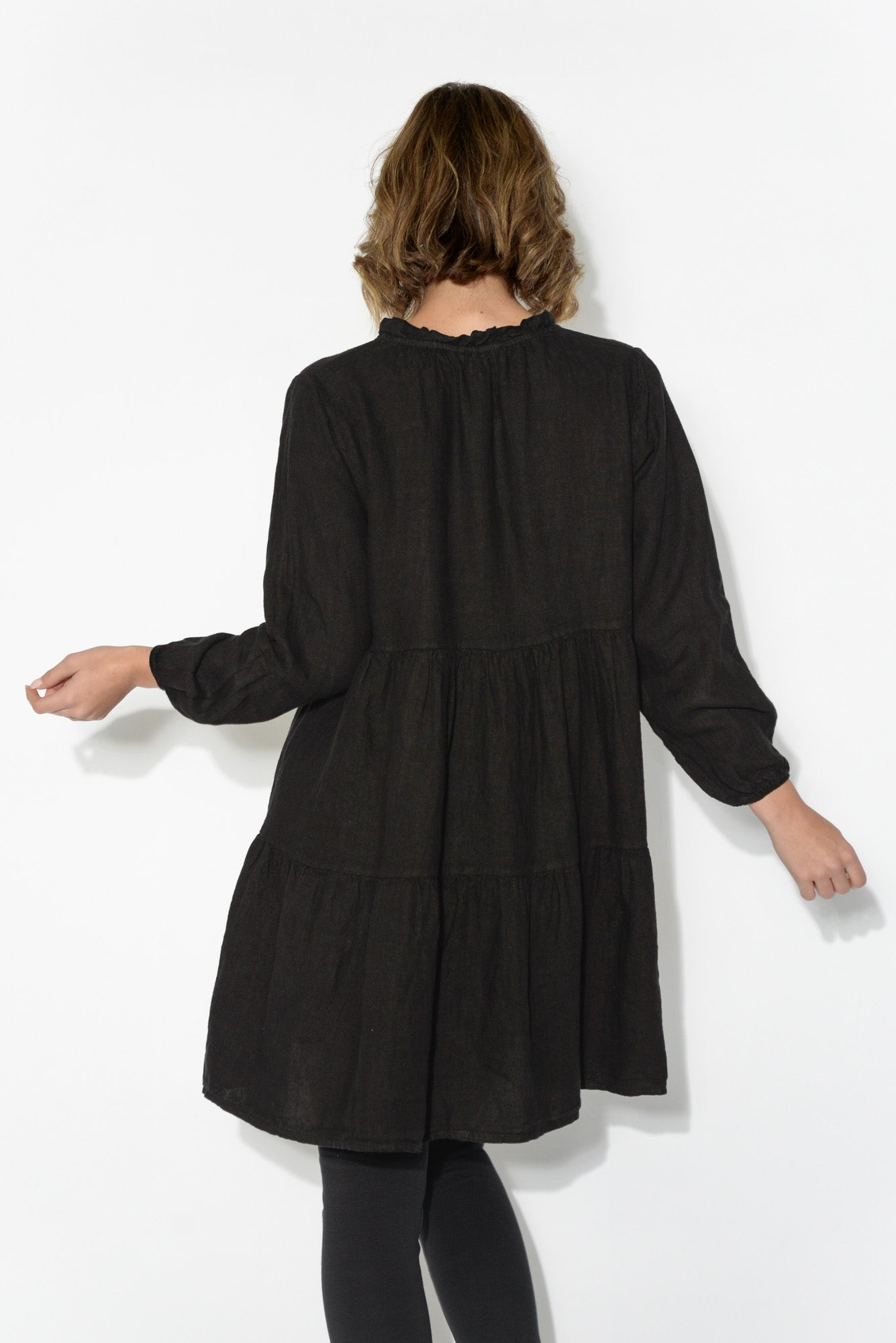 Kayla Black Linen Tunic Top