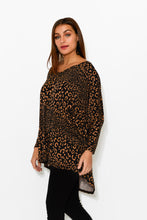 Mallory Animal Hi Lo Batwing Top - Blue Bungalow