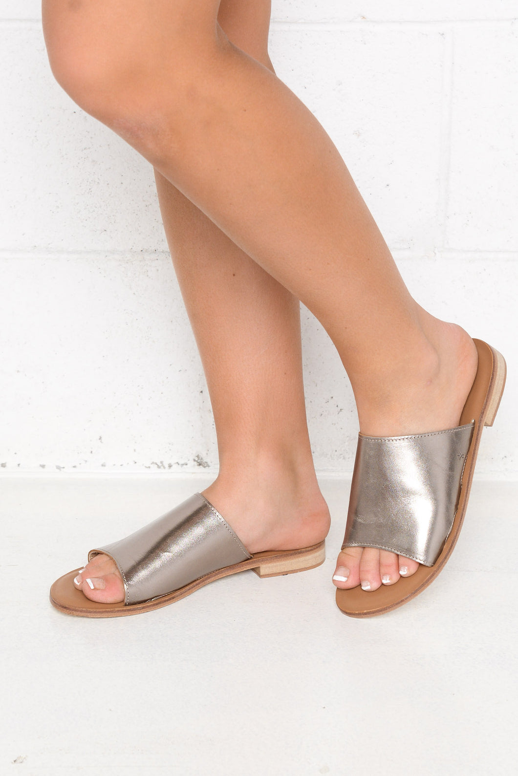 Minogue Pewter Metallic Leather Slide