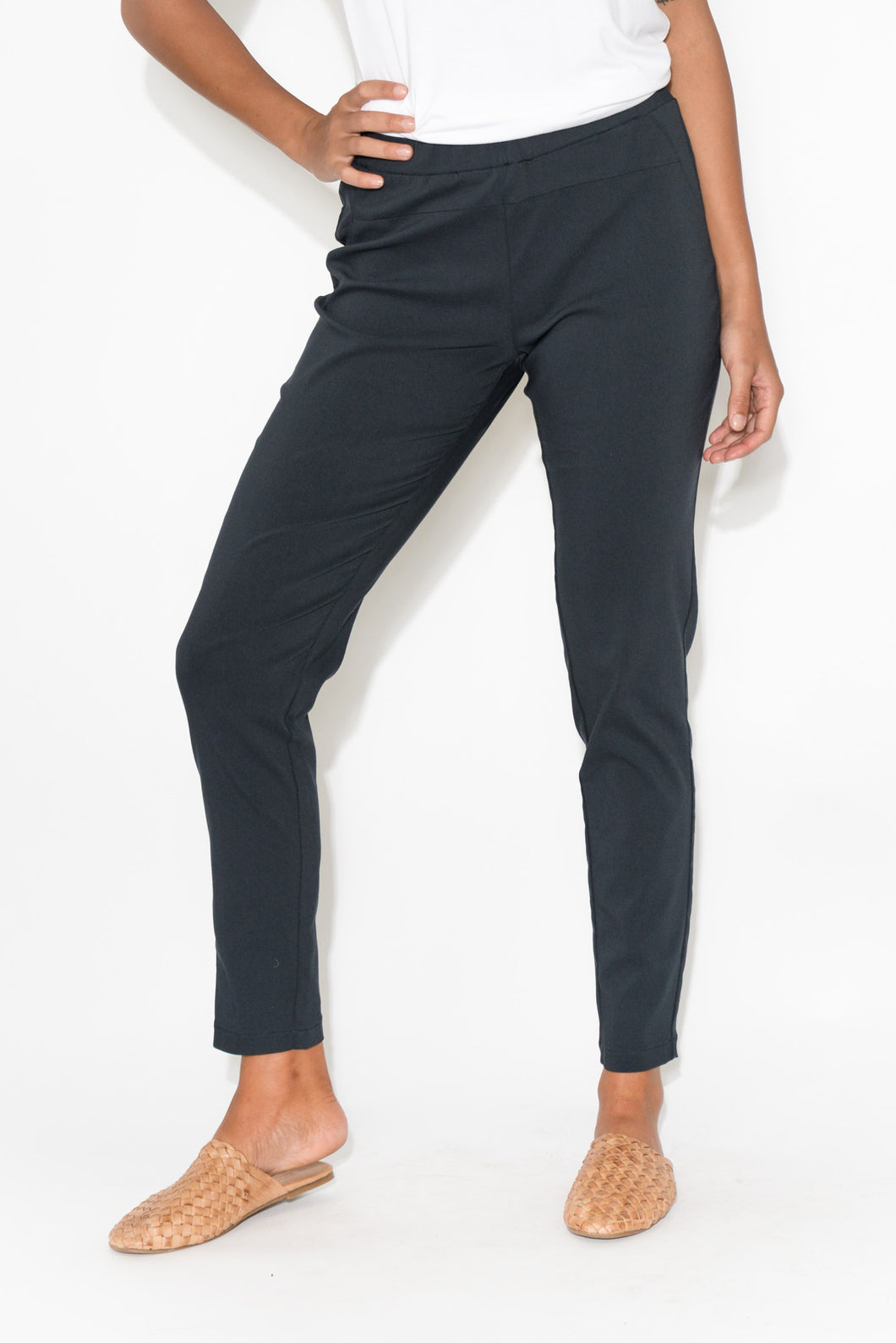 Navy Straight 7/8 Pant
