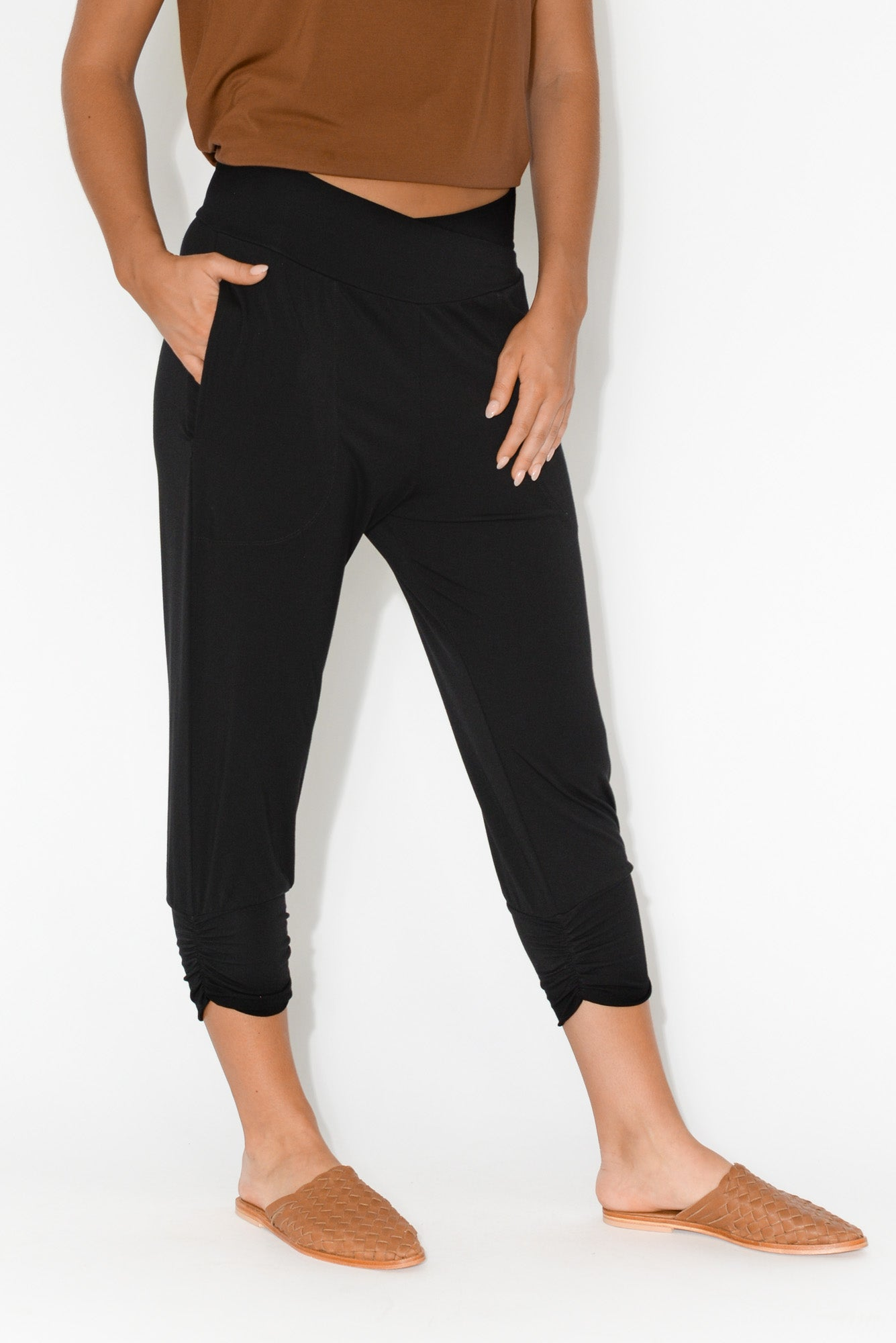Perry Black Bamboo Crop Pant