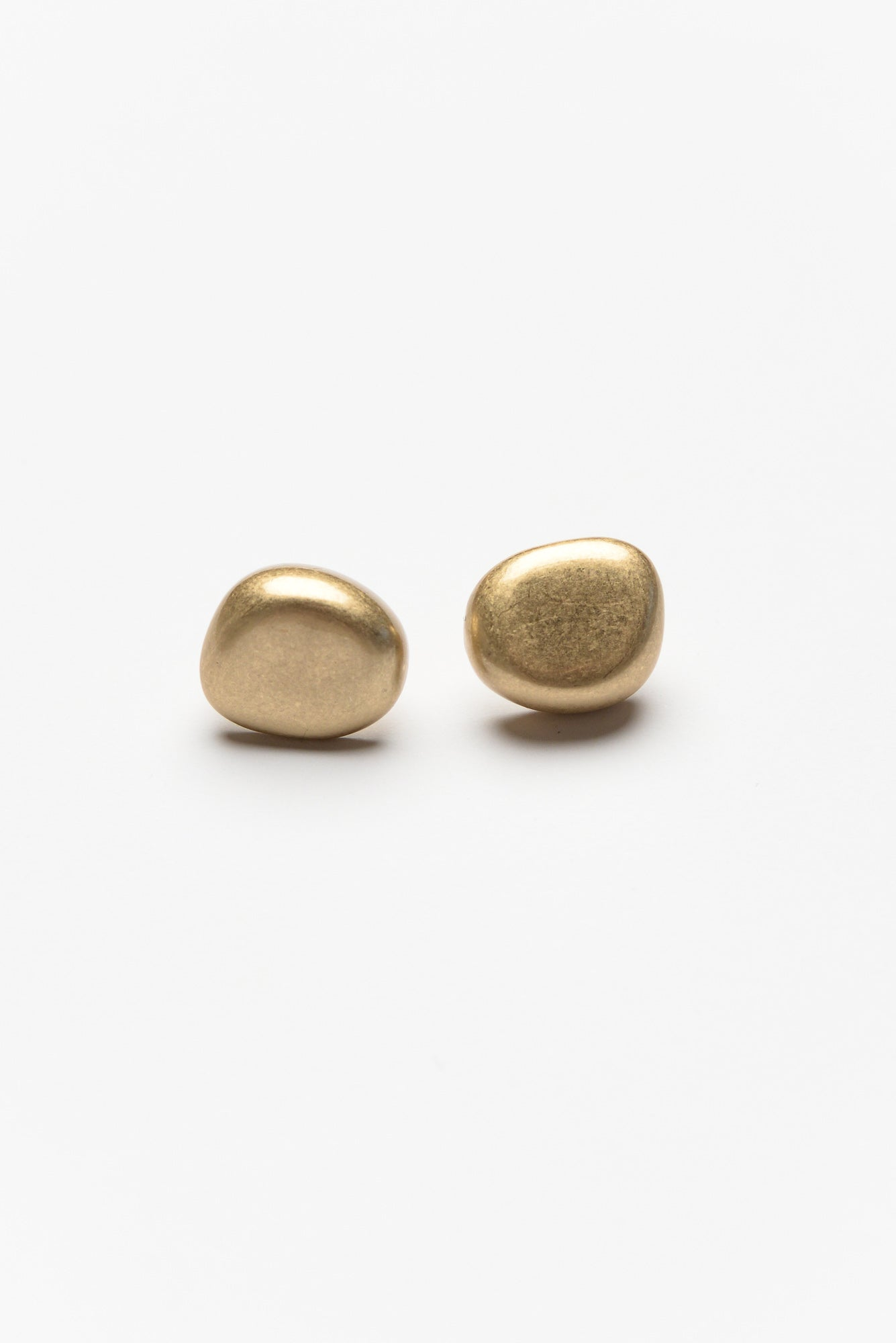 Quinn Gold Pebble Stud