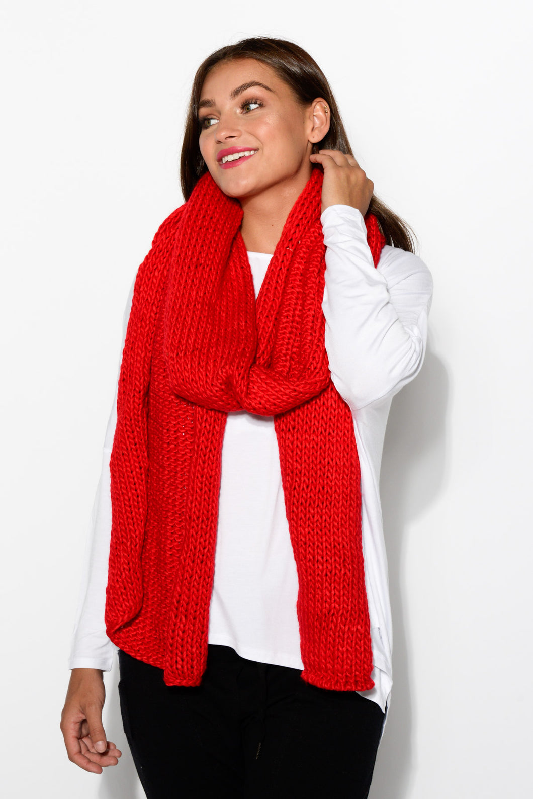 Red Chunky Knit Scarf - Blue Bungalow