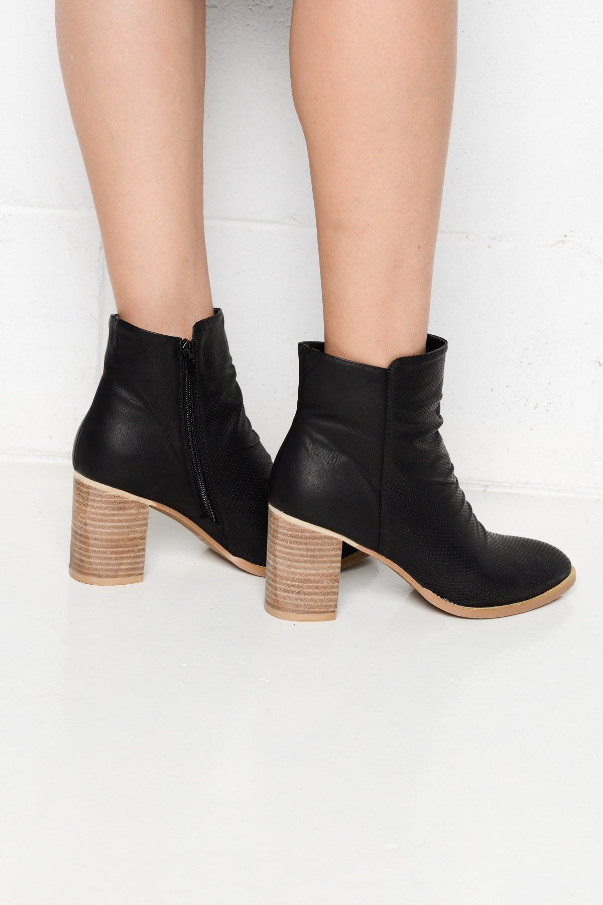 Verity Black Heeled Boot - Blue Bungalow