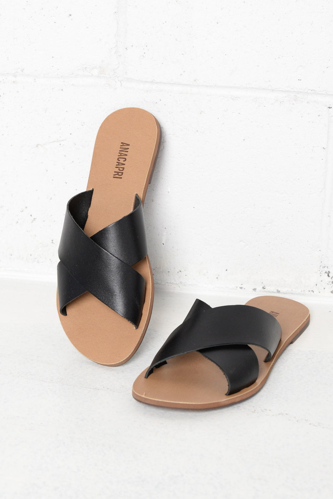 Violette Black Leather Cross Over Slide