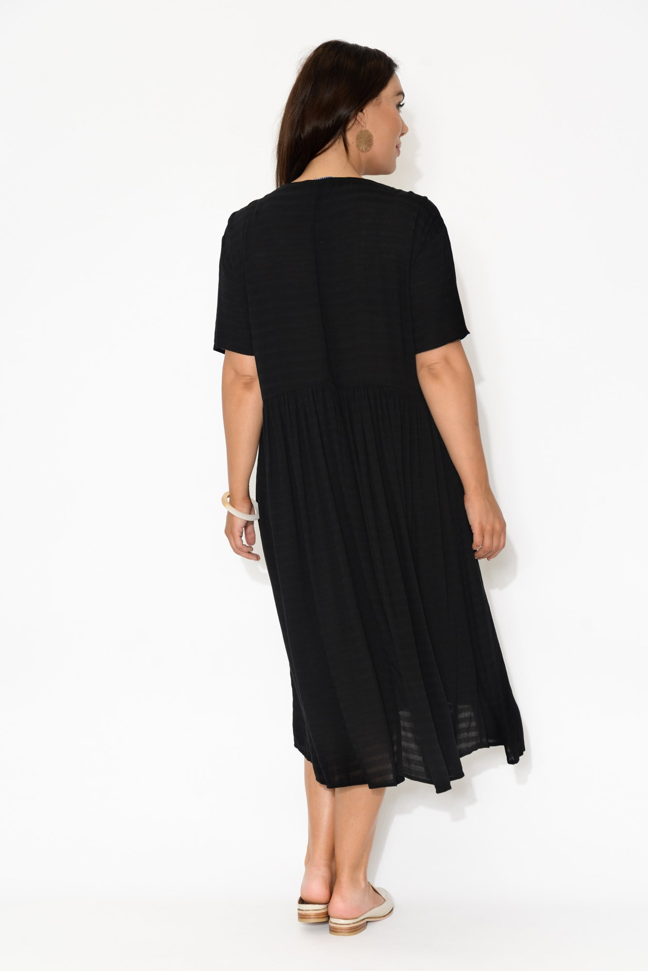 Wanda Black Textured Stripe Short Sleeve Dress