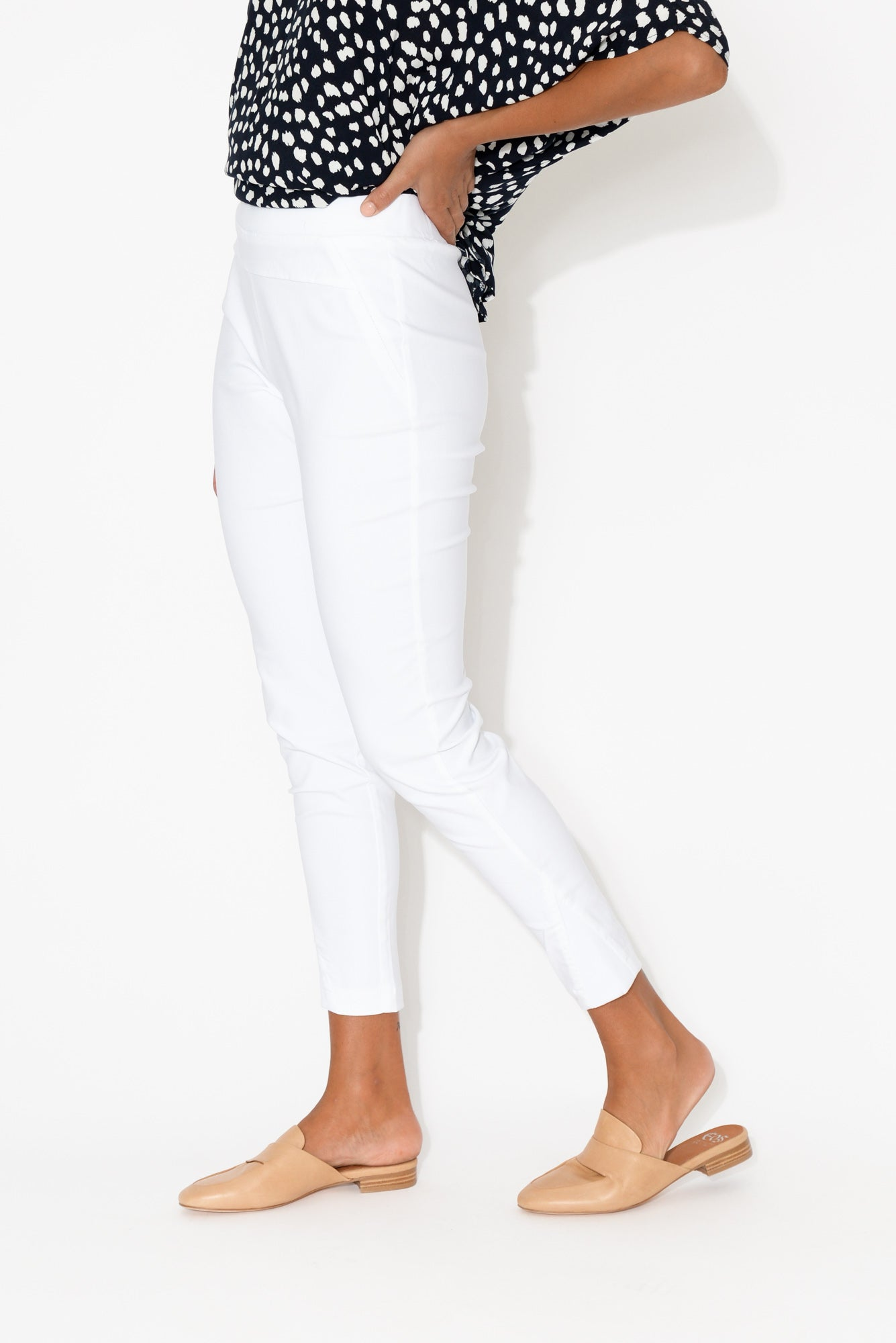 White Straight Crop Pant