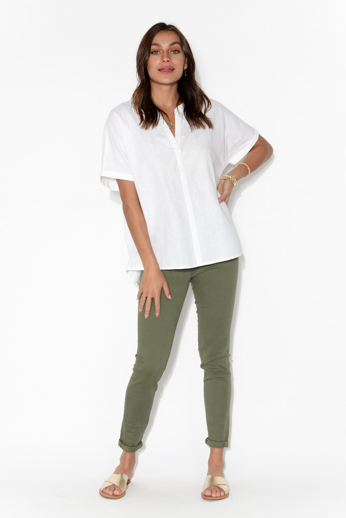 Wren White Linen V Split Top