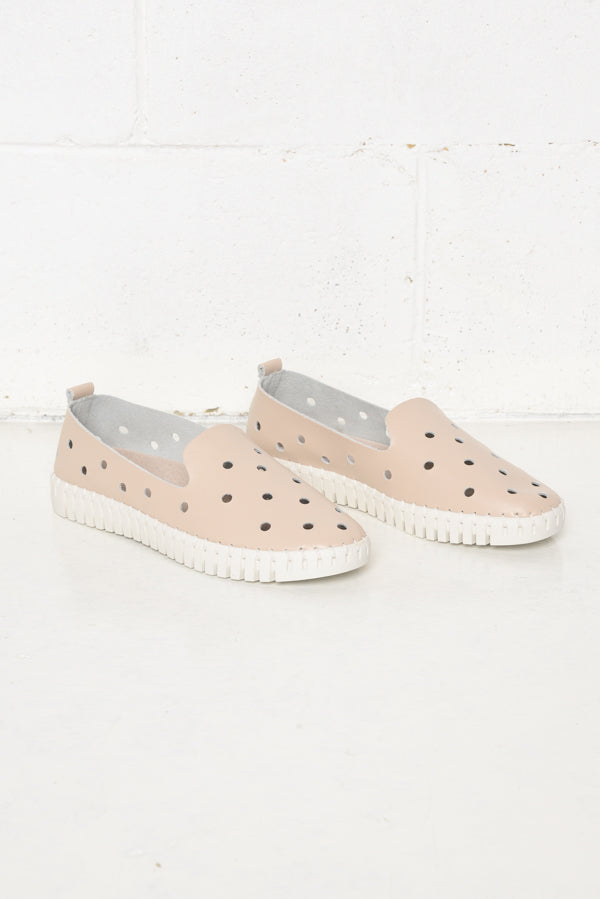 Julia Nude Leather Shoe - Blue Bungalow