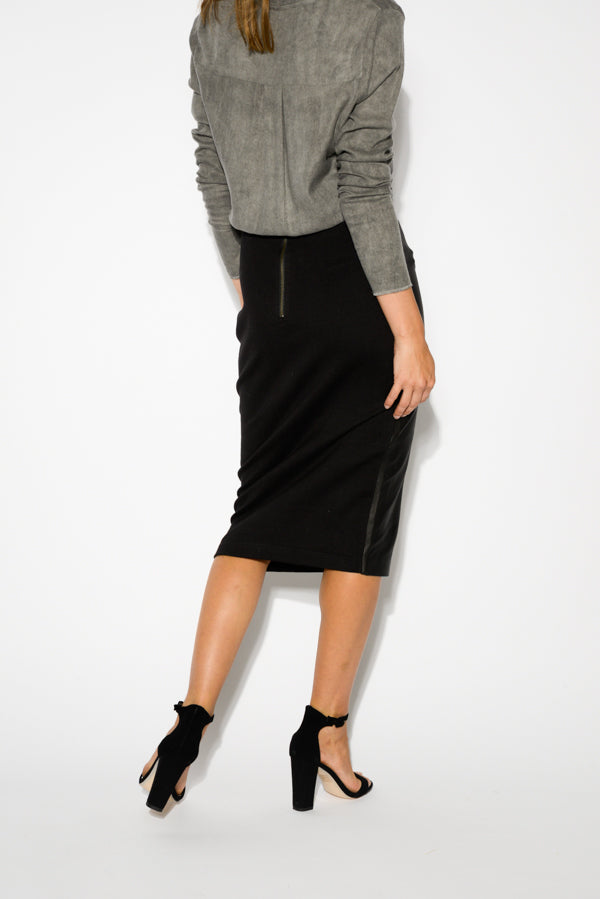 Umbra Black Leather Front Skirt