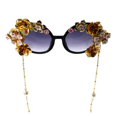 Openwork carved exaggerated sunglasses