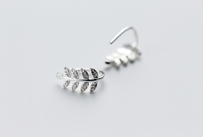 Leaf  short earrings