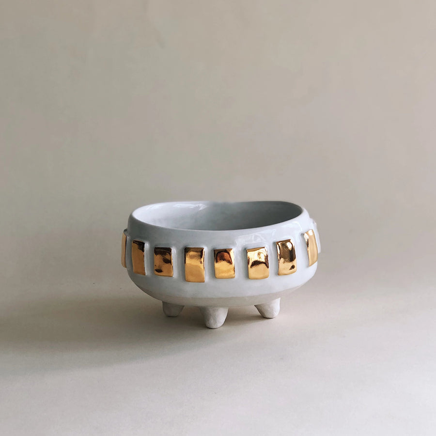 Oval Gold Tab Vessel