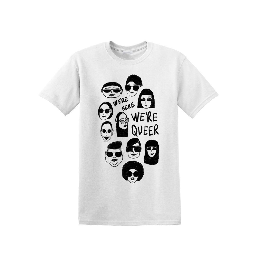 We're here we're queer - T-shirt blanc sérigraphié