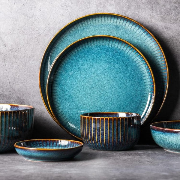 KILN RAYS DINING COLLECTION