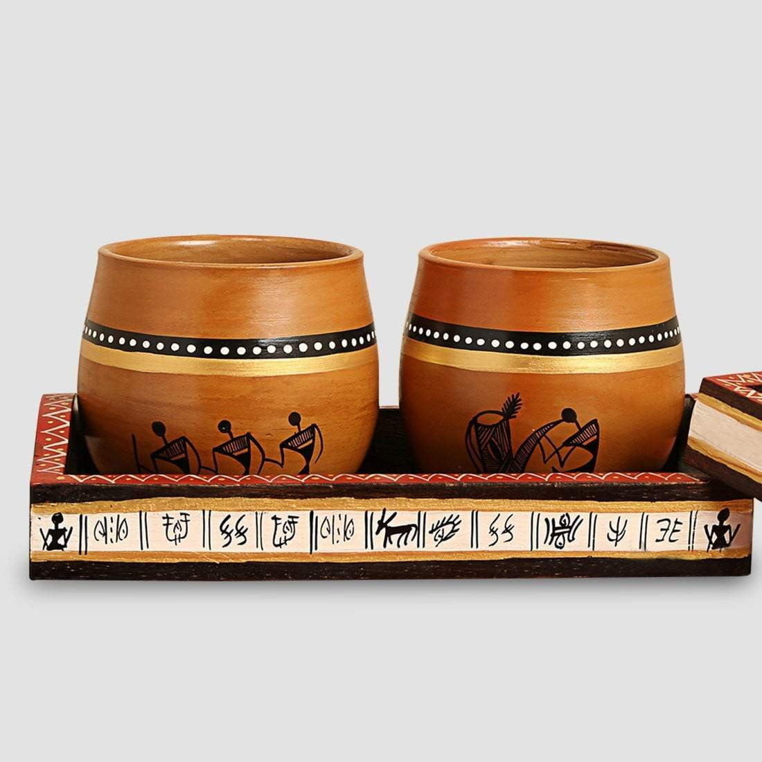 Warli Art Wooden Tray With Two Kulhads / Earthen Pots