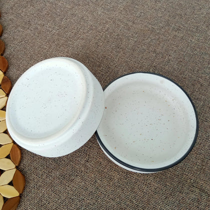 Set of 2 White Ceramic Bowls