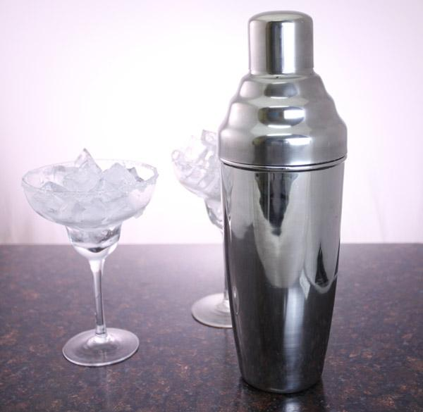 Colossal 3 Piece Cocktail Shaker