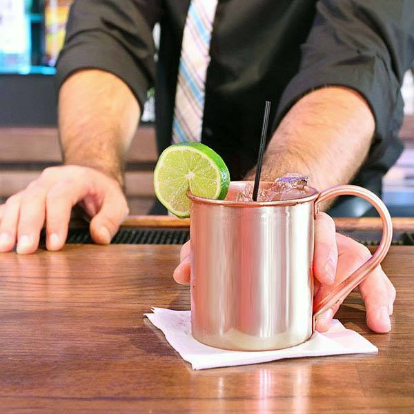 Make delicious Moscow Mules like this at home!