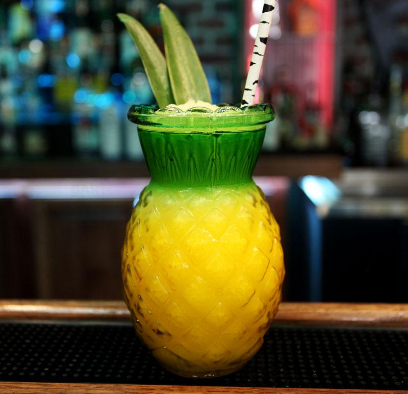 BarConic® Pineapple Glass - 20 oz
