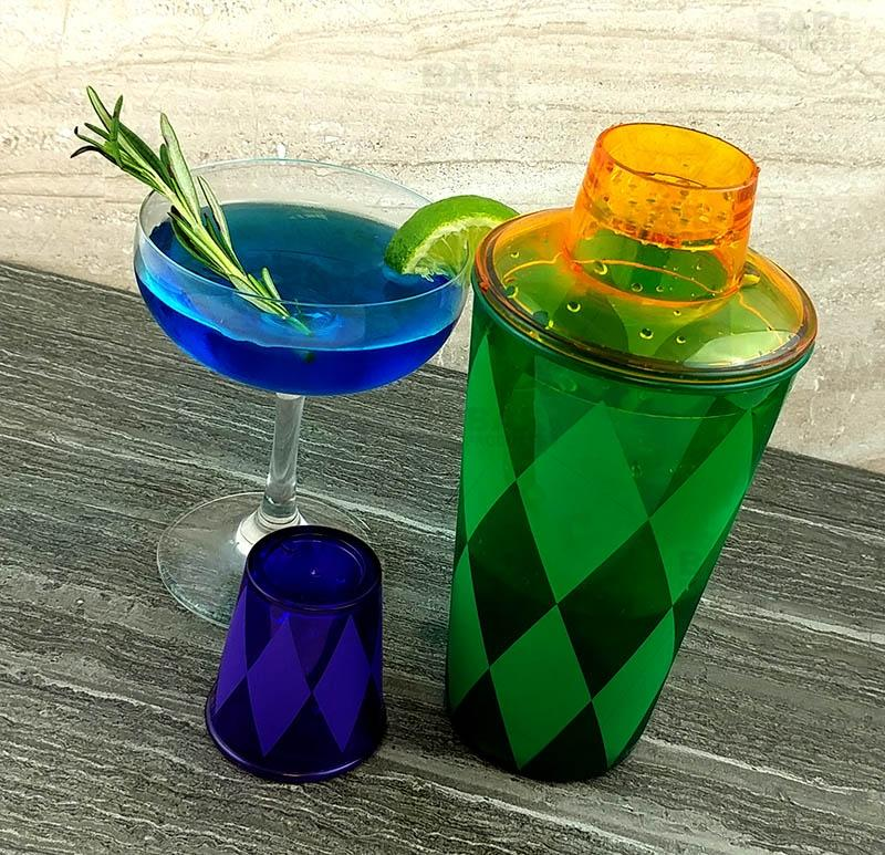 Cocktail Shaker 16 oz. - Plastic 3 Piece - Mardi Gras