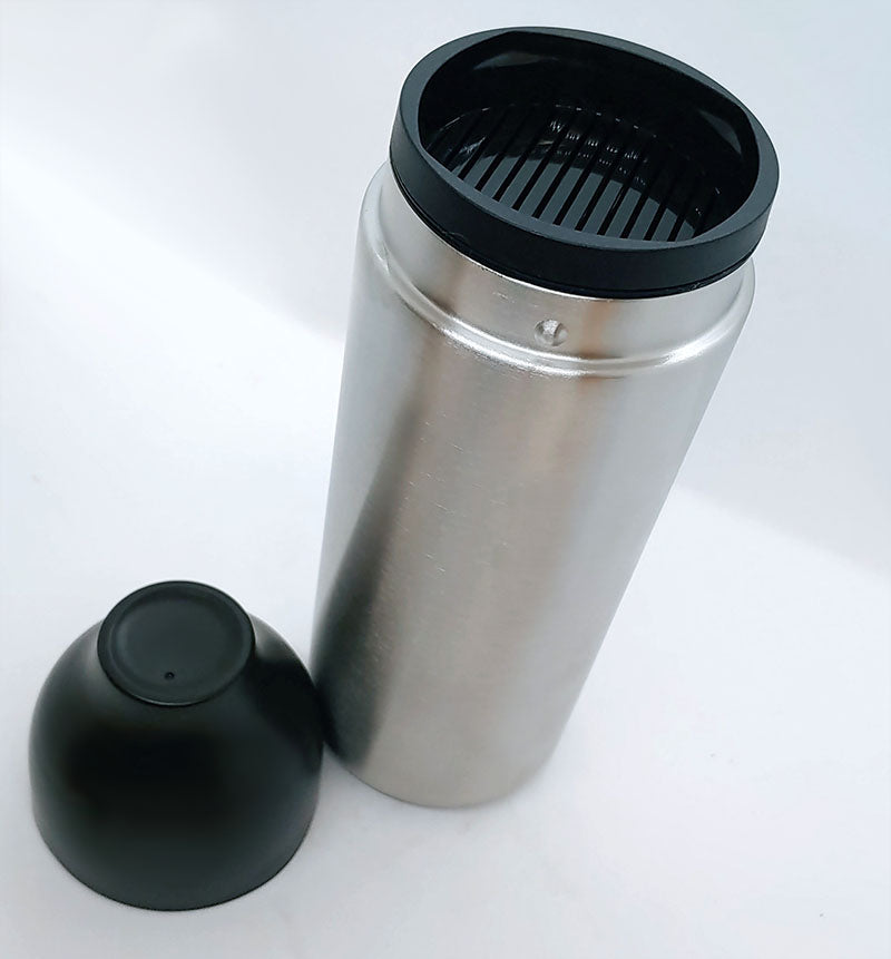 3 Piece Cocktail Shaker - Twist to Lock - 18oz