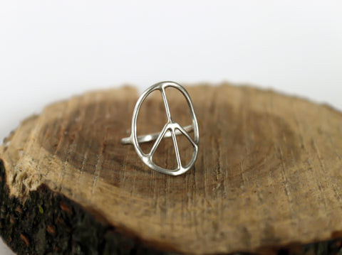 minimalist peace sign silver ring by SFDesigns