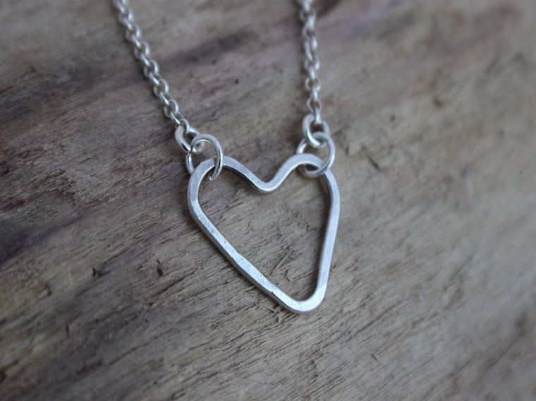 Simple Love - silver open heart necklace