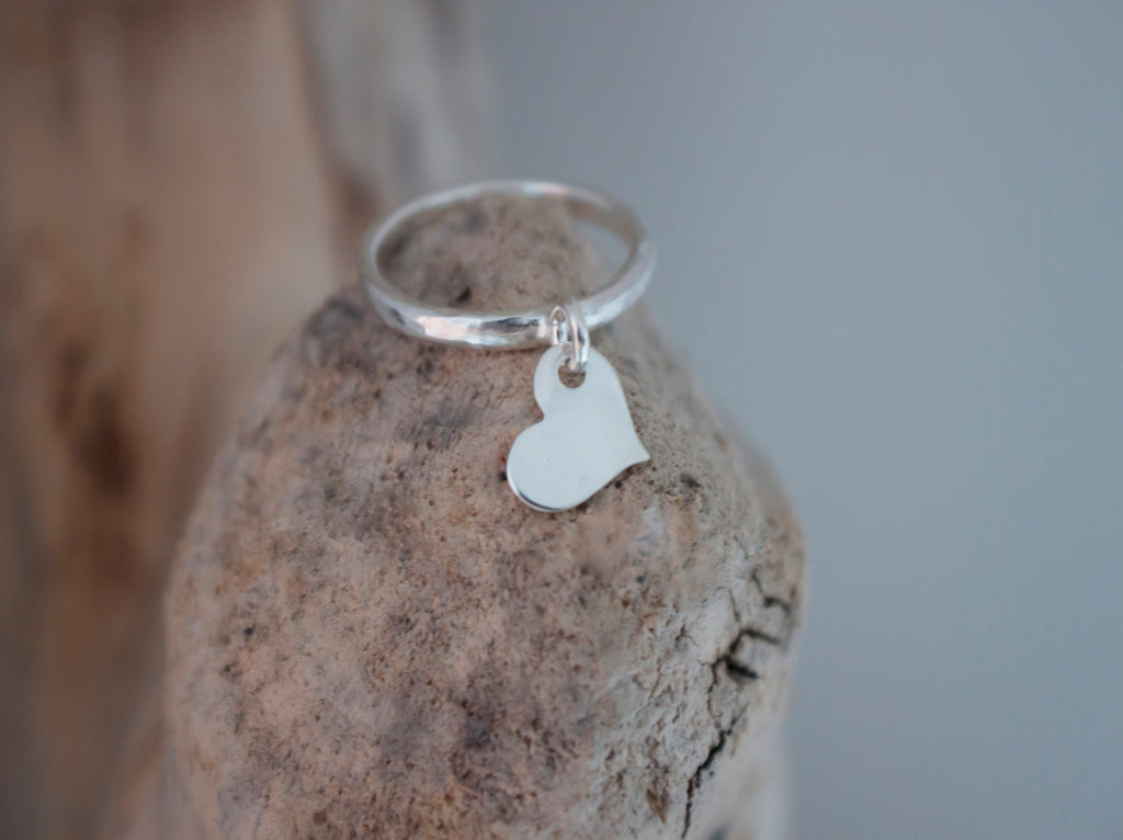 Floating Love - dainty silver heart ring