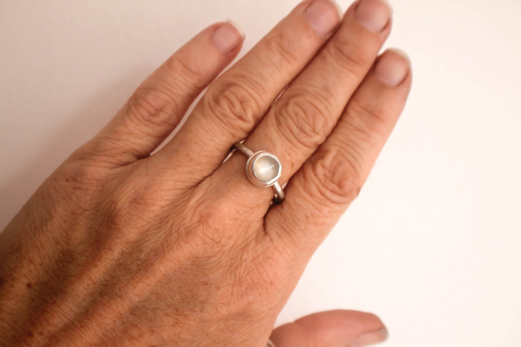 size seven moonstone silver stacking ring