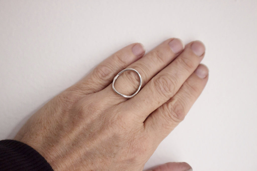 minimalist open circle jewelry
