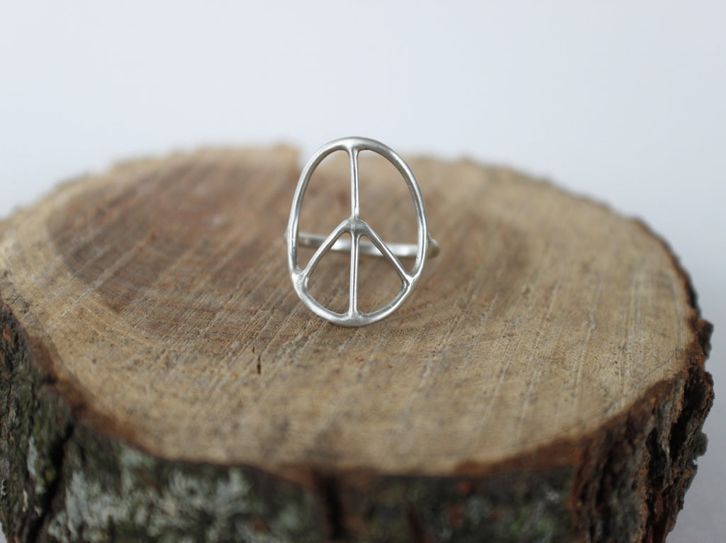 Simple Peace - silver peace sign ring