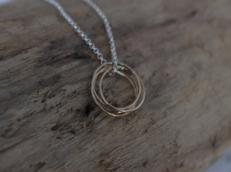 Simply Connected - 14K Gold