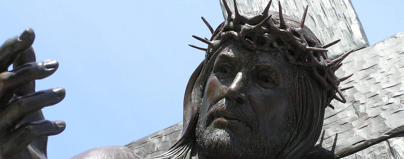 why jesus worn crown of thorns