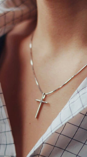 christian womens cross necklaces