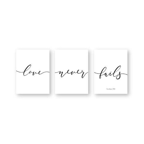 love-never-fails-wall-decor