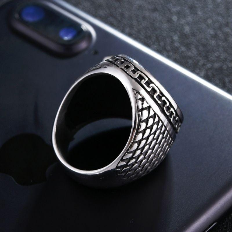 mens cross ring backside