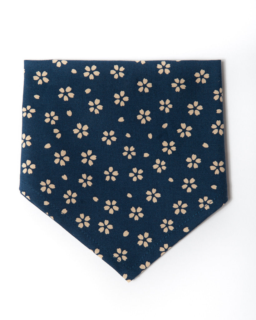 cotton navy with cream flowers bandana front