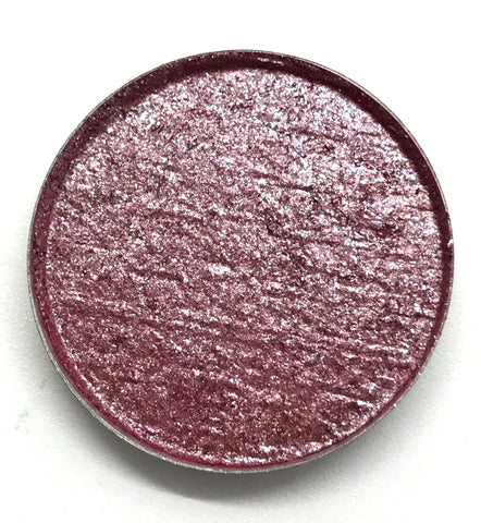 Berry eyeshadow pan