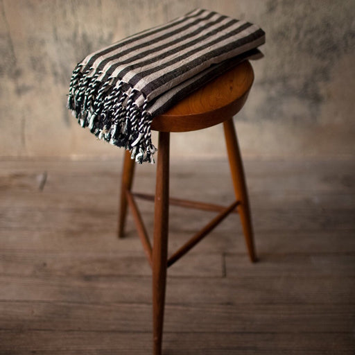 Sinoh Handwoven Linen Towel, hand made, Turkish towel, 100% cotton, stripes, vegan, cruelty free, all natural