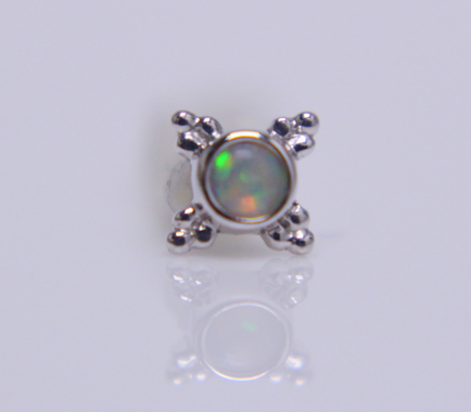 14K White Gold Mini Kandy 5mm- 2mm Bezel 4xTri Bead Accents