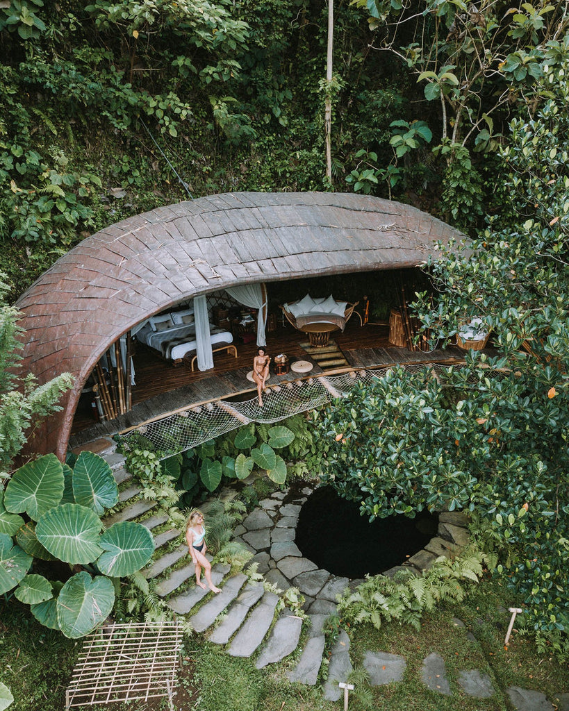 Moon House - Bambu Indah