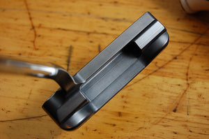 BB Zero ICON Stinger Smoked TourStockPutters