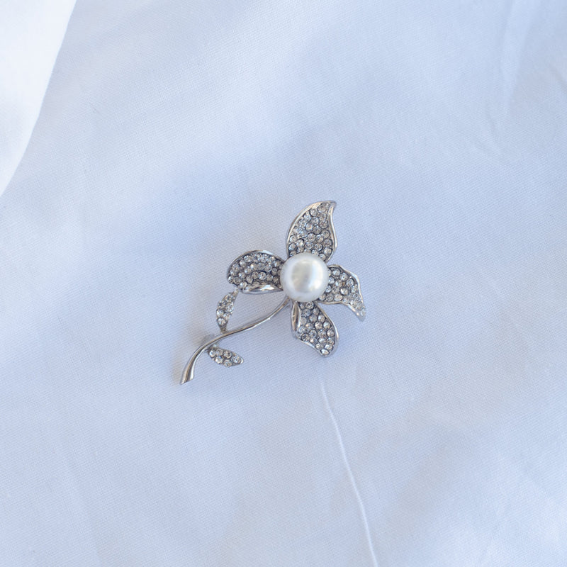 Flower Pearl Sparkle Brooch - Blue Sky Clothing Co
