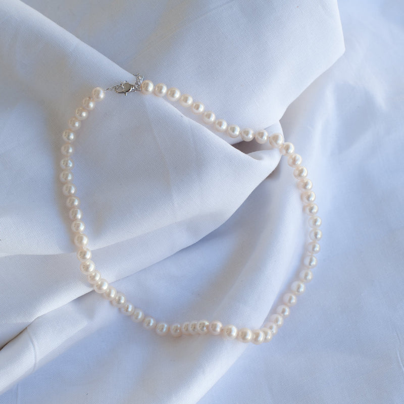 White Round Small Pearl Necklace - Blue Sky Clothing Co
