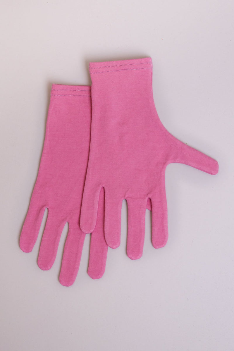 Pink natural bamboo fiber women's gloves.