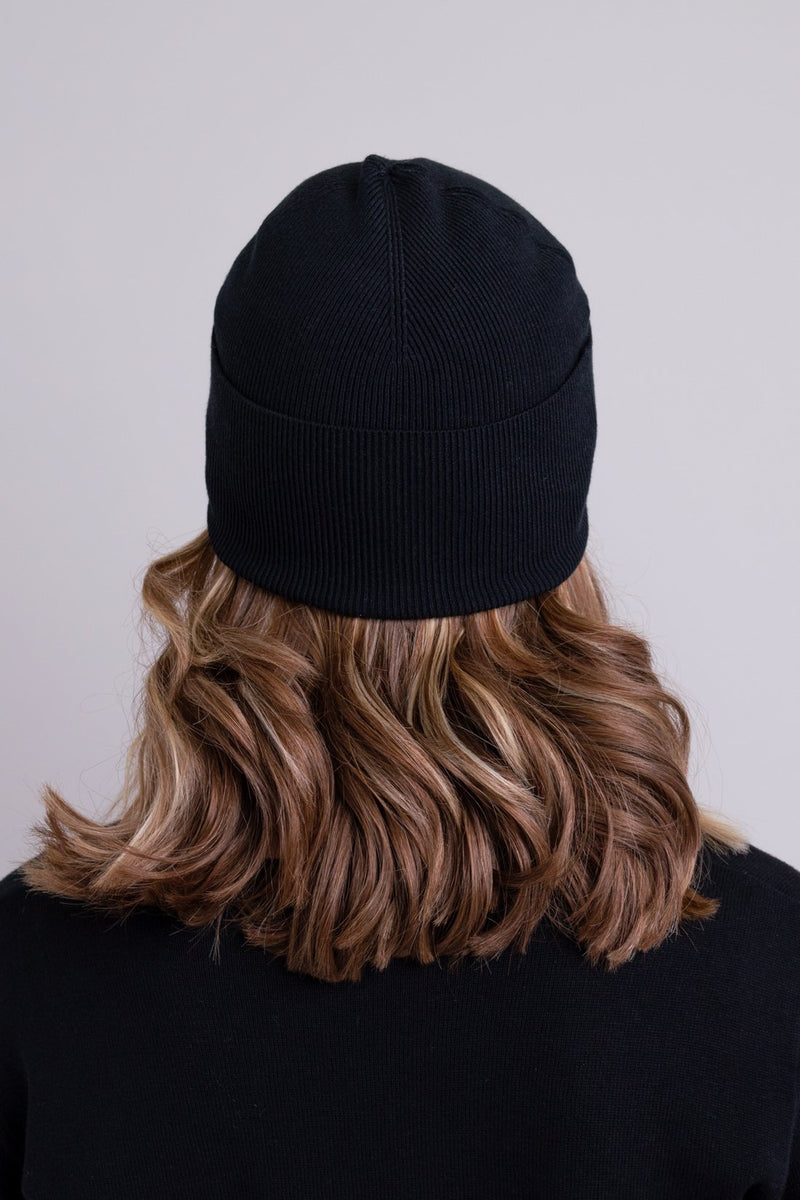 Women's black toque bamboo cotton beanie hat.